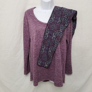 LuLaRoe Outfit Purple Med Lynnae and OS Leggings